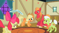 Applejack 'we're mighty proud' S2E06.png