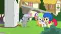 Cutie Mark Crusaders helping Chipcutter S7E6.png