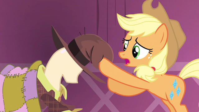 File:Applejack hand here S3E13.png