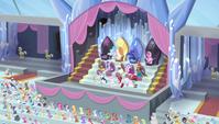 Complete Equestria Games brochette S04E24
