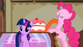 Pinkie Pie giant tongue cake S1E10.png