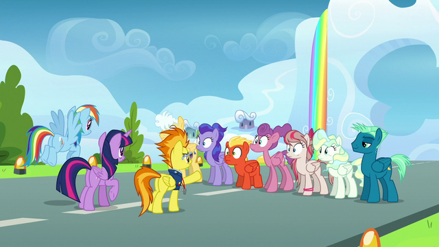 File:Spitfire commanding trainees to do laps S6E24.png