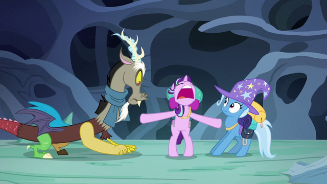 File:Starlight pushing Discord and Trixie apart S6E25.png