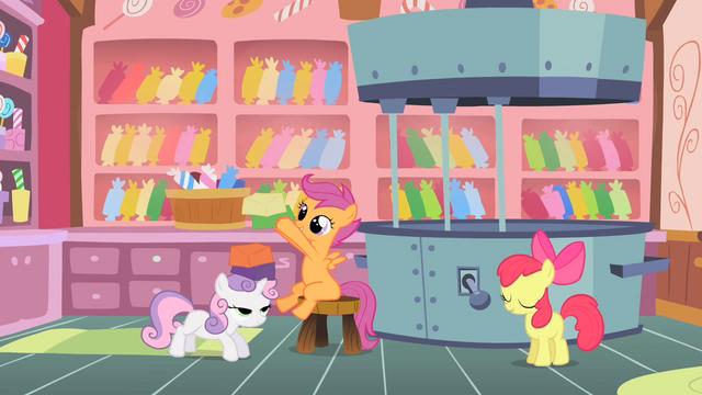 File:Sugarcube Corner's taffy-making room S1E18.png