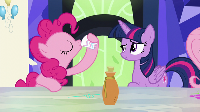 File:Pinkie Pie sips the potion again S5E22.png