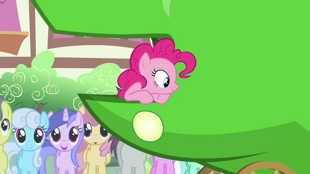 File:Pinkie Pie thinking about what Apple Bloom said S3E4.png