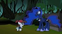 Pipsqueak talking to Luna S2E04