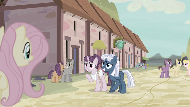 File:Sugar Belle and Night Glider smiling at Fluttershy S5E02.png