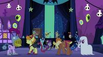 Ponies dancing S2E04
