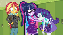 Twilight Sparkle comforting Rarity SS6