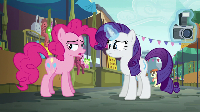 "File:Pinkie Pie ""I wouldn't say it's lost"" S6E3.png"