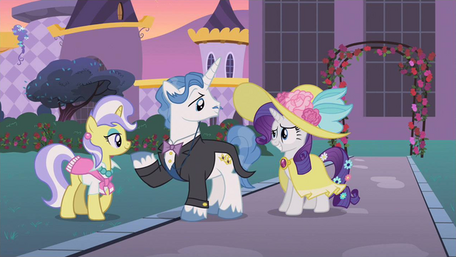 File:Rarity whats up S2E9.png