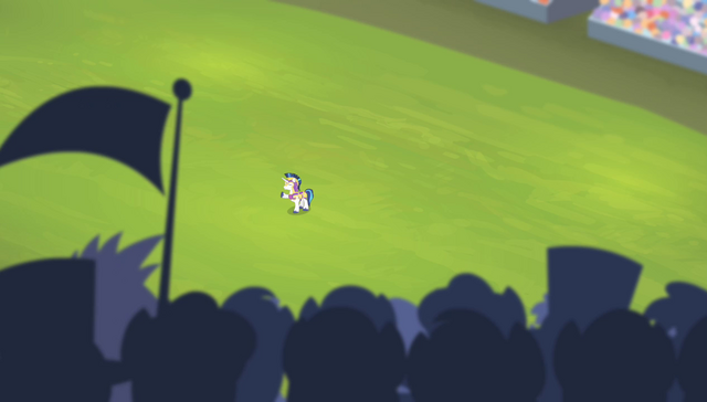 File:Shining Armor waving to the crowd S4E24.png
