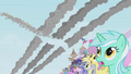 The crowd sees Rainbow Dash fly by S1E03.png