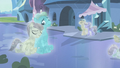 The Crystal ponies S3E01.png