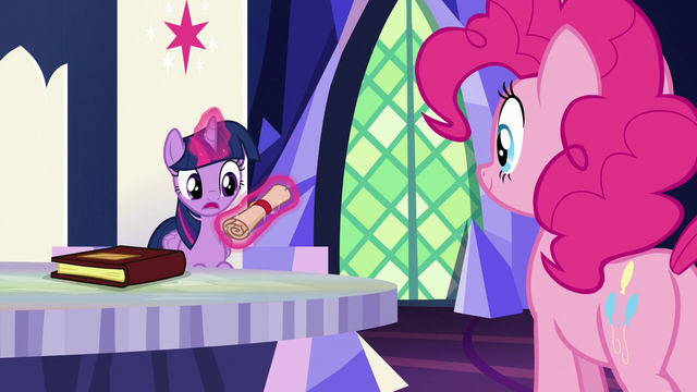 File:Twilight Sparkle reading outside of Pinkie's scroll S7E11.png
