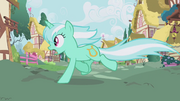 Lyra Heartstrings runs from the bunny stampede S1E04