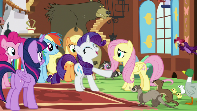 File:Rarity laughing amused S7E5.png