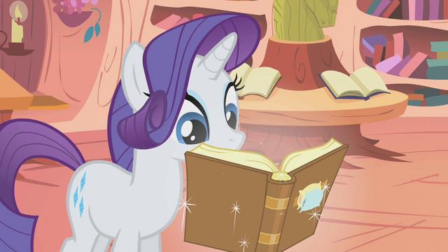 File:Rarity reading Slumber 101 S01E08.png