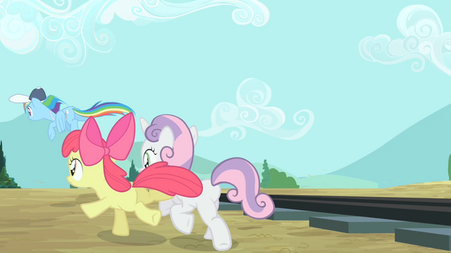File:Rainbow Dash, Apple Bloom and Sweetie Belle going back S4E05.png