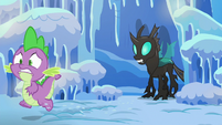 Spike runs away from the changeling S6E16