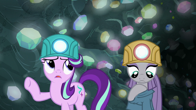 """File:Starlight Glimmer """"there's gotta be a spell"""" S7E4.png"""