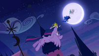 Twilight following Nightmare Moon S4E02