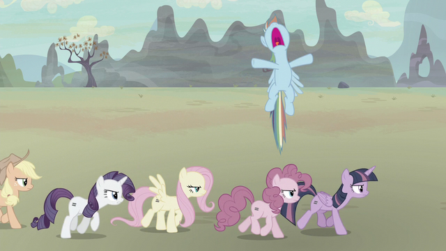 "File:Rainbow Dash ""oh, come on!"" S5E2.png"