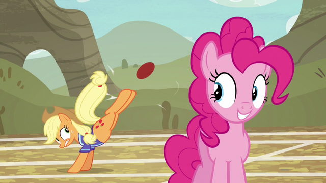 File:Applejack makes another shot for the basket S6E18.png