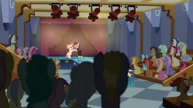 File:Ponyville dance theater S6E4.png