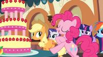 Pinkie 'The tastiest treat of all' S2E24