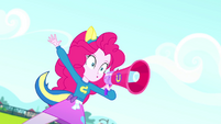 "Pinkie Pie ""when I say 'Blue', you say 'Goal'!"" SS4"