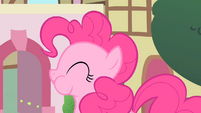 Pinkie Pie with puffed cheeks S1E22