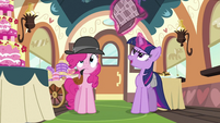 Twilight switching hats S2E24