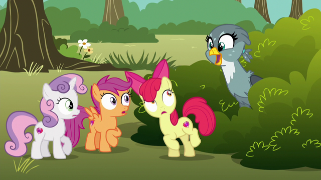 File:Gabby pops up near the Cutie Mark Crusaders S6E19.png