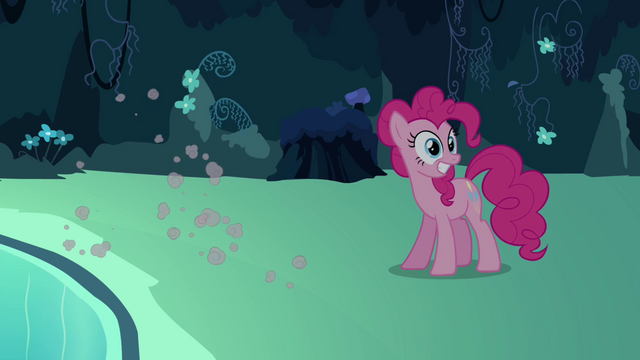 File:Pinkie Pie seeing her double sprint away S3E03.png