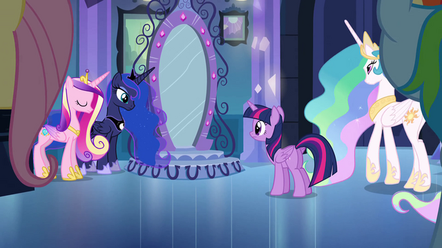 File:Princess Celestia walking on scene EG.png