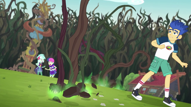 File:Vines sprouting wildly next to Flash Sentry EG4.png