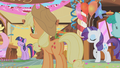 Applejack at Gilda's party S01E05.png