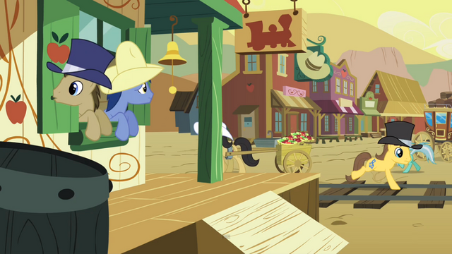 File:Noteworthy and Dr. Hooves shuts window S01E21.png
