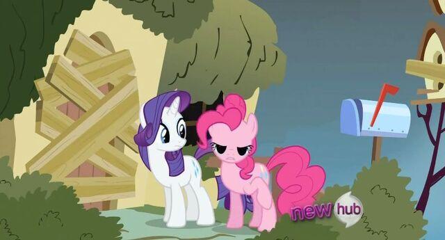 File:Pinkie weird eye.jpg