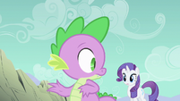 Spike protecing Rarity S1E19