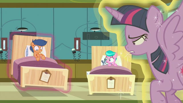File:Twilight puts First Base's bed on the floor again S7E3.png