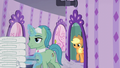 Applejack follows the Spa Worker S6E10.png
