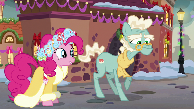 File:Spirit of HW Presents meets an elderly pony S6E8.png