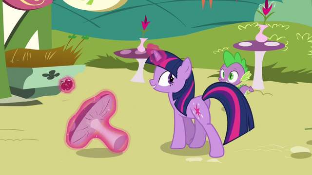 File:Twilight 'The only way' S3E3.png