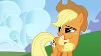Applejack chuckling S01E13