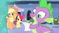 Spike signing an autograph S4E24.png