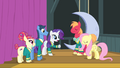 The Ponytones and Fluttershy get ready for their performance S4E14.png