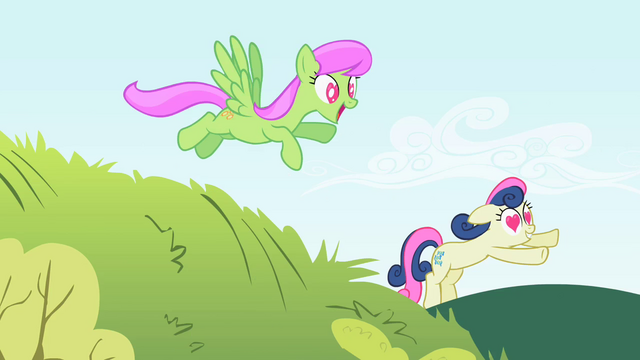 File:The ponies run towards Smarty Pants S2E03.png